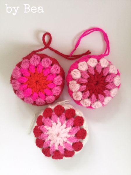 Häkel-Kugel (rot, rosa und pink-Mix) by Bea