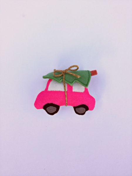 Deko - Auto mit Tanne (Pink)