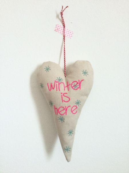 """Deko-Herz """"Winter is here"""" by Bea"""